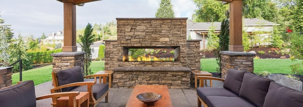 Fireplace and seating area outside